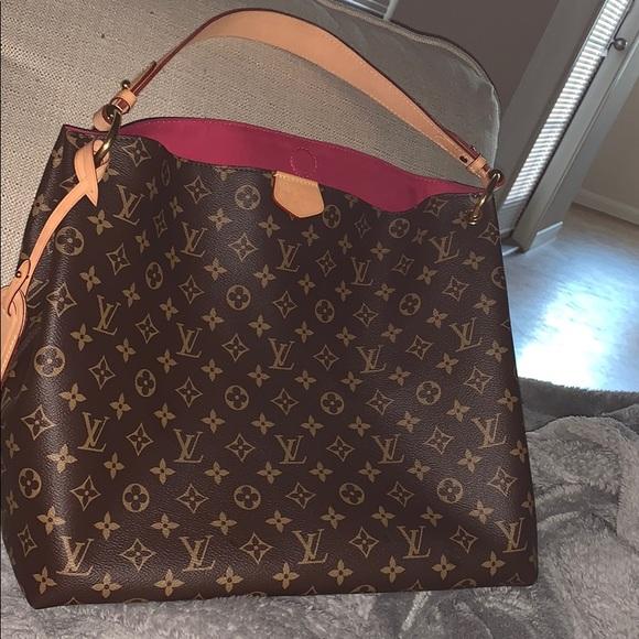 22b5bc3e6d4 Louis Vuitton purse